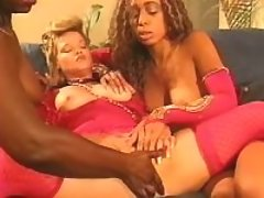 Cheeky black lesbian makes passionate sex